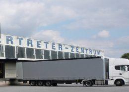 Warenausgang: Außenansicht der Rampe, Verpackungs- und Logistikdienstleister ad laborem gGmbH